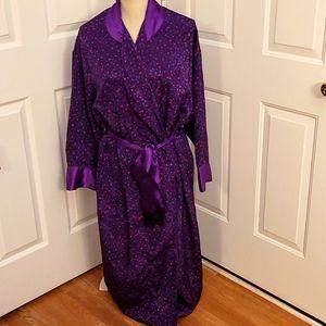 Victoria's Secret long robe. Size small.